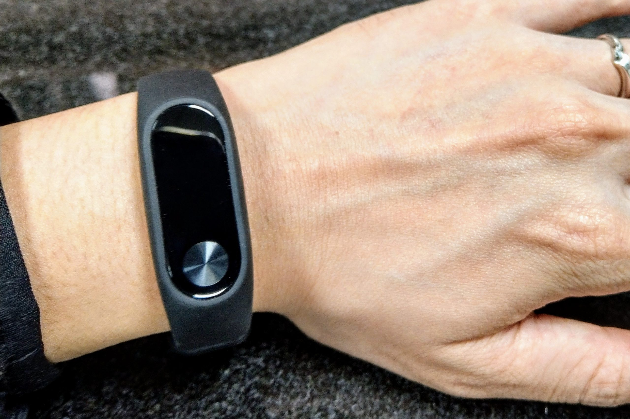 運動提醒小幫手-小米手環2非業配文實測心得分享